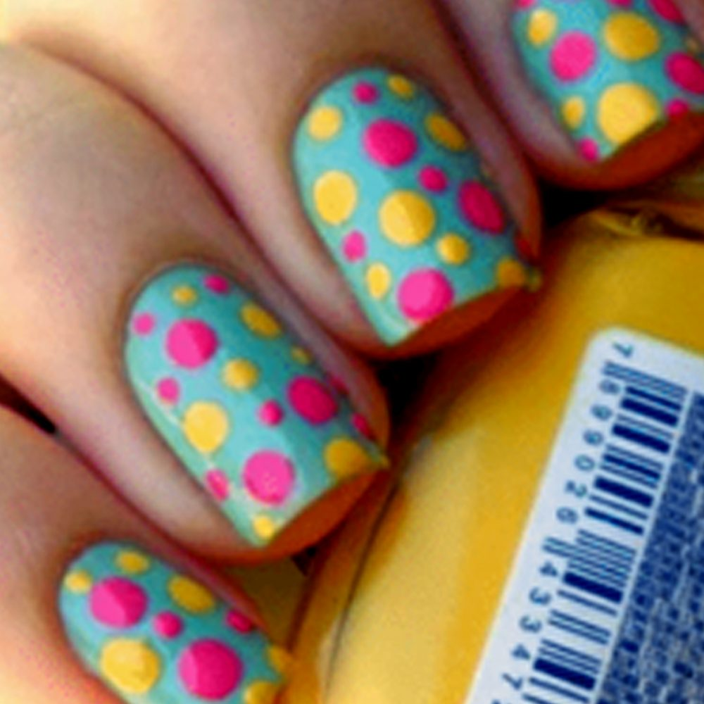 5 Easy Nail Art Designs That Can Be Easily Done at Home