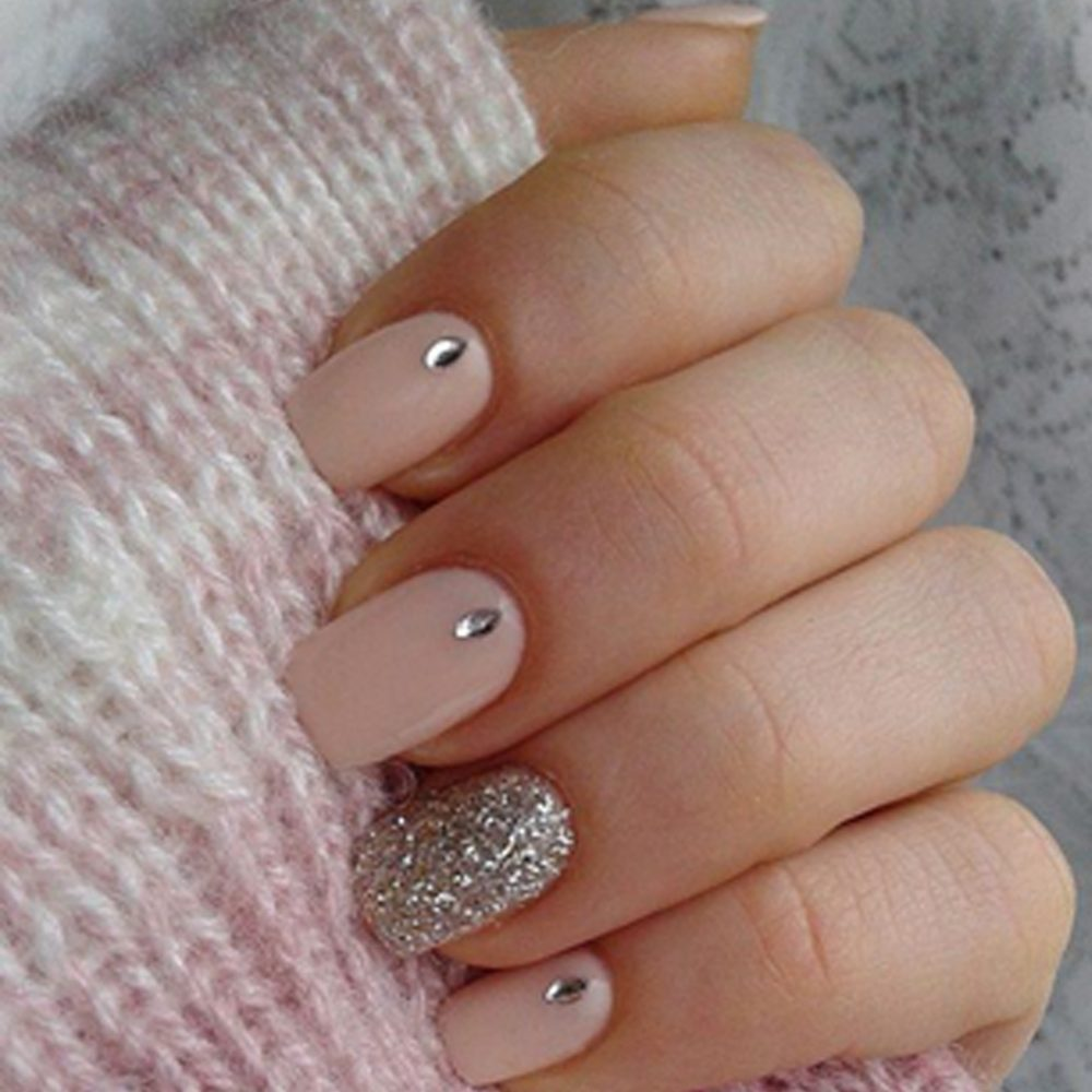 We're Really Into These 6 Nail Art Designs for Short Nails