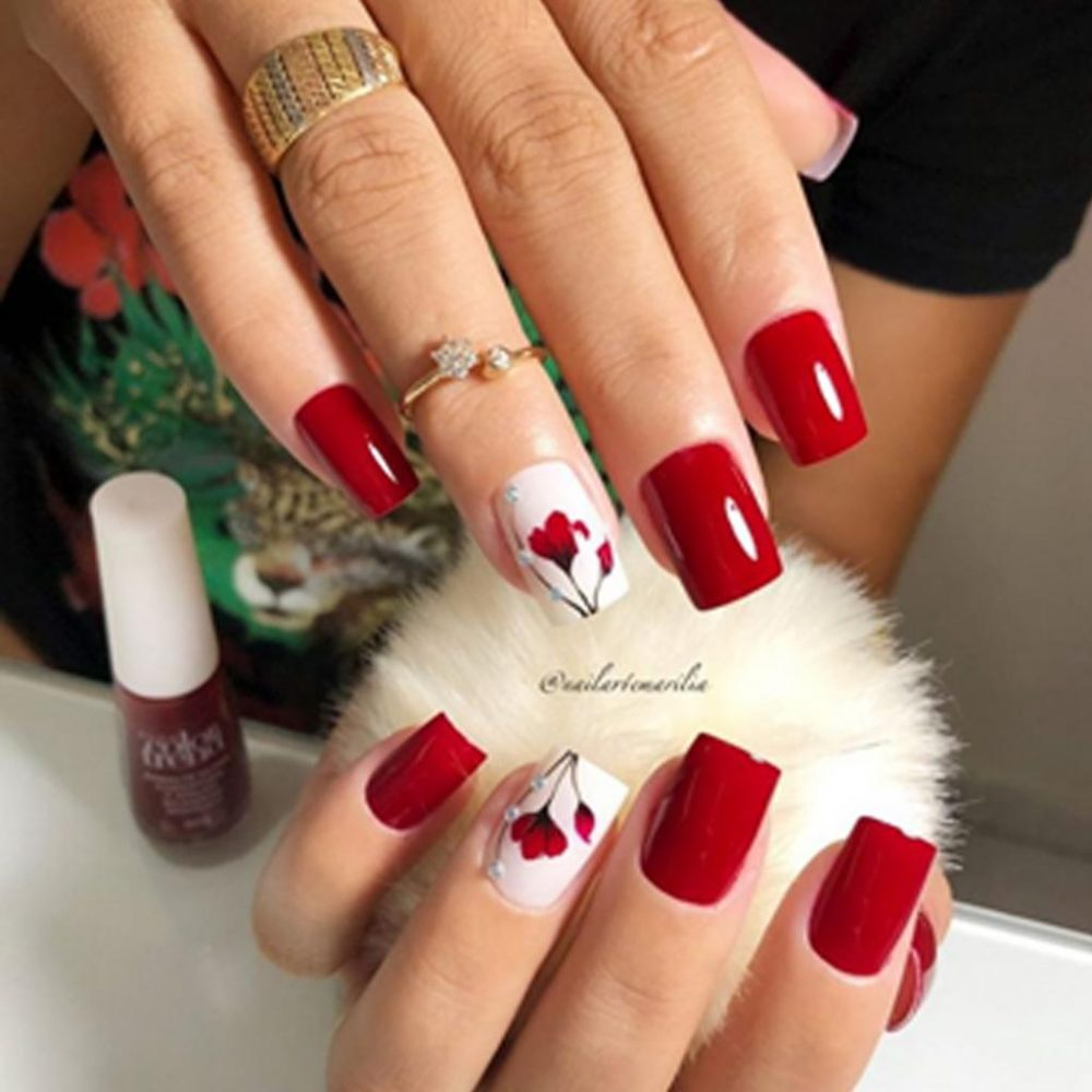 10 Amazing Red Color Nail Art Ideas